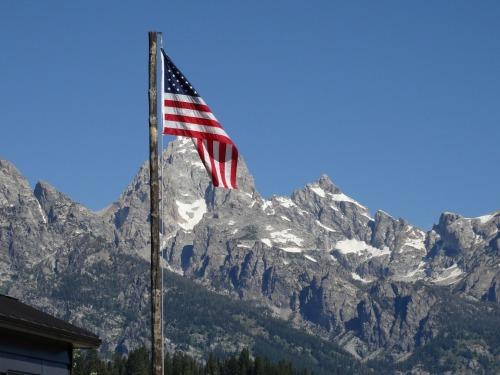 american-flag-996303_1920