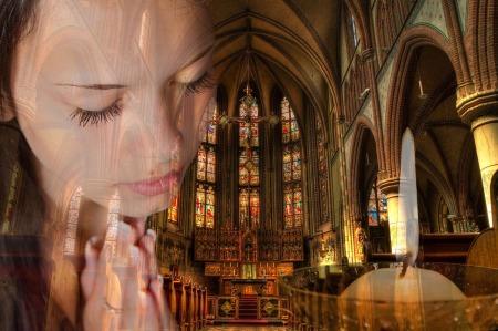 praying-1319101_1280-1